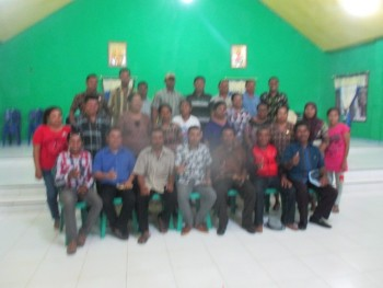 infontt.com & friends foto bersama beberapa orang guru