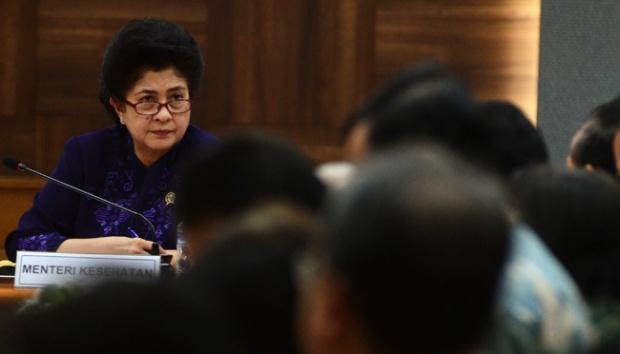 Menteri Kesehatan, Nila F. Moeloek saat berkunjung ke NTT beberapa waktu lalu
