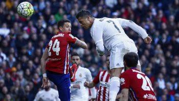 Christiano Ronaldo saat mencetak gol