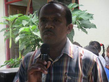 Sius Kaunang, Ketua Komite SD N Naet-Nekmese'