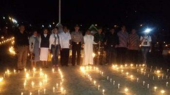 Malam Seribu Lilin Untuk Dolvina Abuk yang mati dengan tidak wajar(foto by Noken)