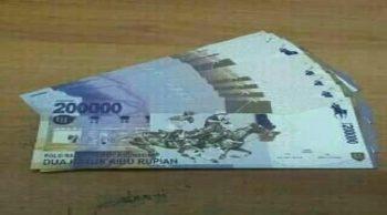 uang dua ratus
