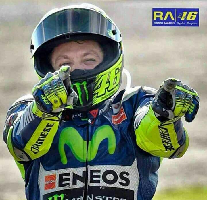 Selebrasi Rossi saat menang di markas spanyol