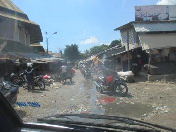 Jalanan tergenang air