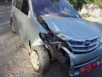 Mobil dinas dengar nomor polisi, DH 114 NW celaka di Oesao