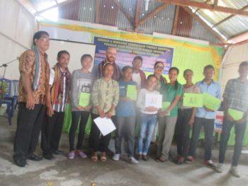 Hasil Workshop Menulis cerita dalam Bahasa Lokal