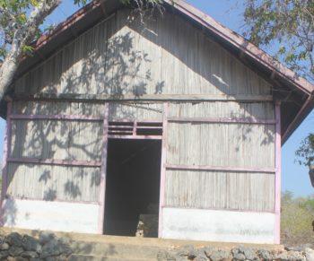 Rumah gereja di Fiulain Rote Barat DAya yang jarang dipergunakan